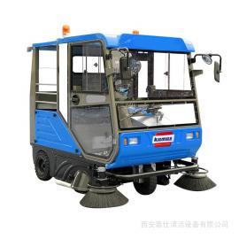 驾驶式清扫车 座驾式电瓶电动扫地车可以节约人工成本